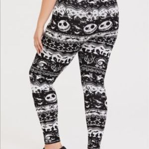 torrid Pants - Nwt Torrid Disney Nightmare Sweater Leggings